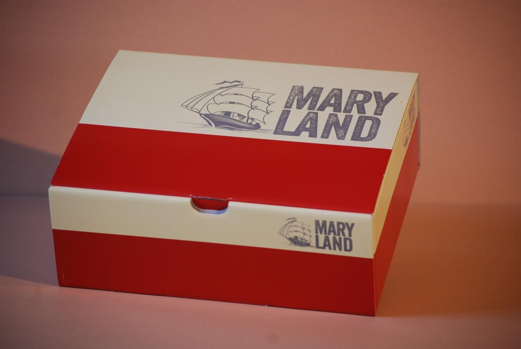 Bedruckte Kartonverpackungen Beispiel - rot weiß